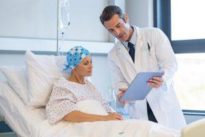 Effetti collaterali del trattamento farmacologico del tumore della tiroide